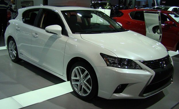 2014 Lexus CT200h at 2014 CIAS