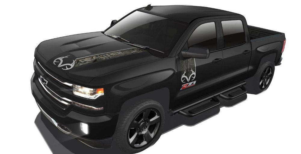 2016-Chevrolet-Silverado-Realtree Edition-045