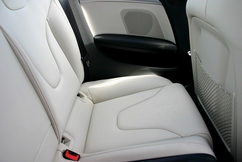 2009 Audi S5 rear seats