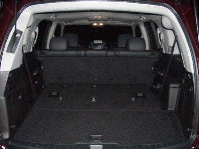 2009 Honda Pilot Touring back seats down