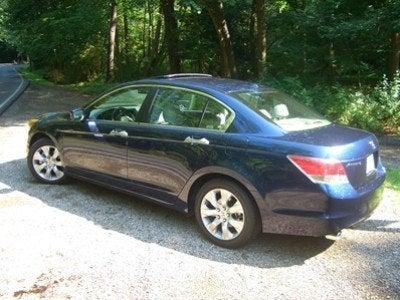 2008 Honda Accord sedan side
