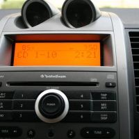 2008 Nissan Sentra SE-R display