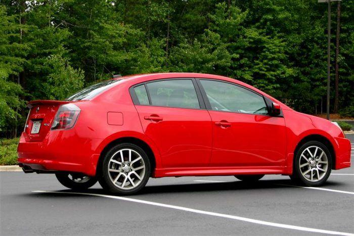 2008 Nissan Sentra SE R Side