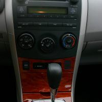 2009 Toyota Corolla XLE center console