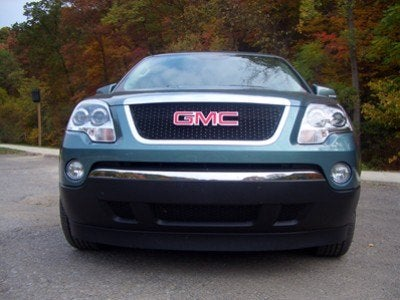 2009 GMC Acadia front