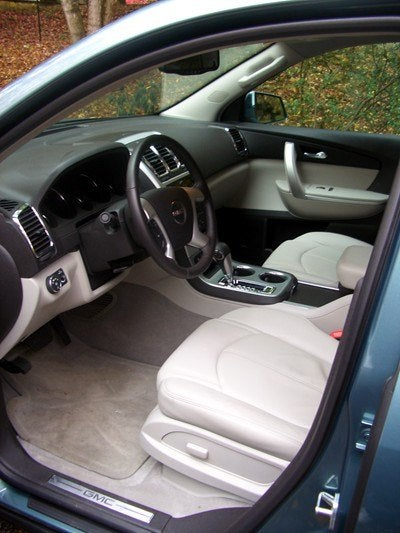 gmc acadia 036 first row