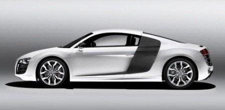 Audi R8 V10 side