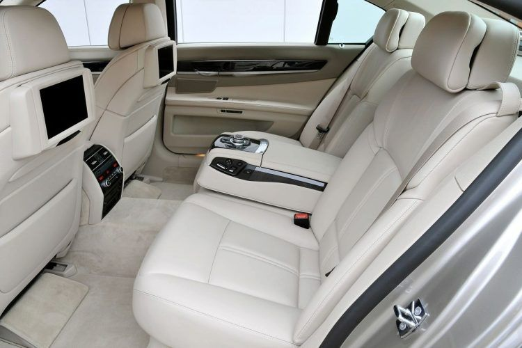 2009 BMW 730Ld interior