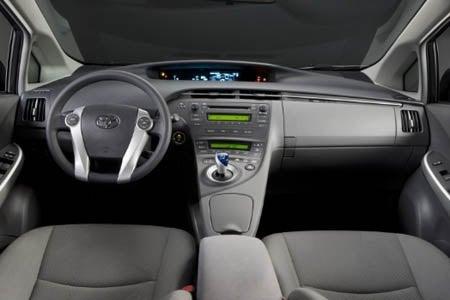 2010 Toyota Prius cockpit