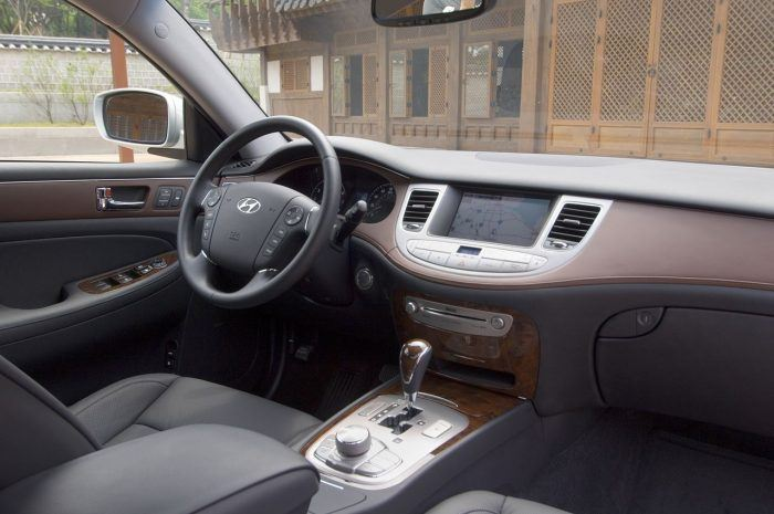 2009 Hyundai Genesis sedan interior