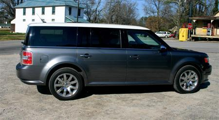 2009 Ford Flex side