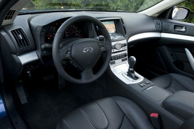 2009 Infiniti G37x Coupe Review