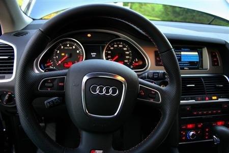 2009 Audi Q7 Review