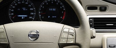 volvo-xc70-gauges.jpg
