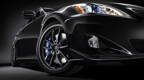 Lexus F-Sport IS wheel
