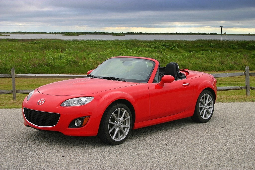https://www.automoblog.net/wp-content/uploads/2009/07/2009-Mazda-MX-5-1.jpg
