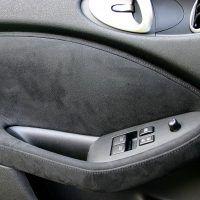2009 Nissan 370Z inside door