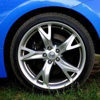 2009 Nissan 370Z wheel