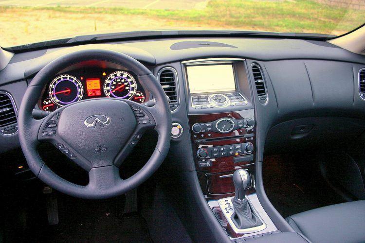 2009 Infiniti EX35 interior