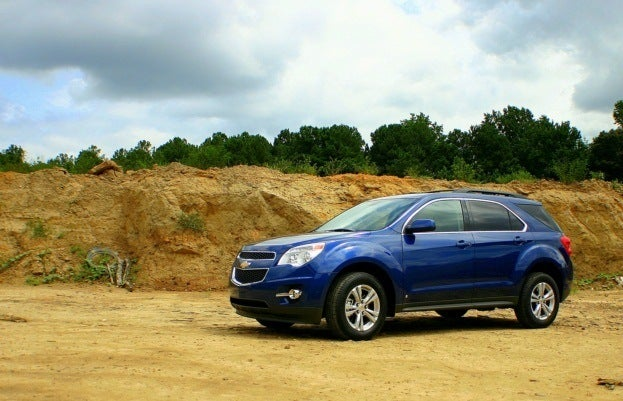 Chevy Equinox Reviews Car And Driver