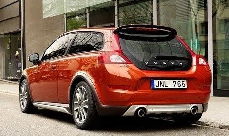 2011_Volvo_C30 (2).jpg