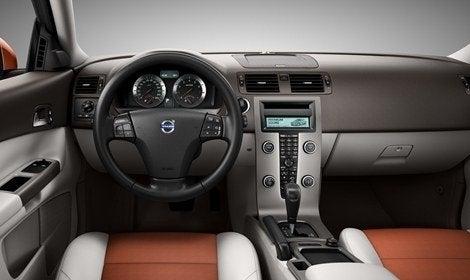 2011_Volvo_C30 (4).jpg