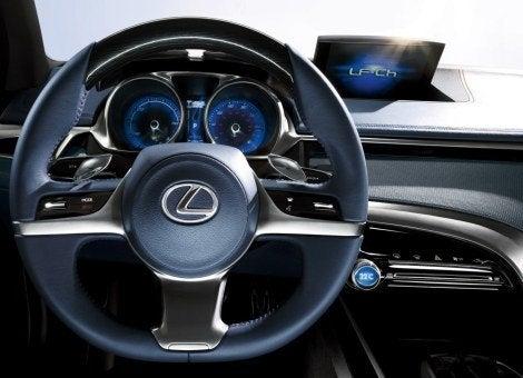 Lexus_LF-Ch_Hybrid (5).jpg