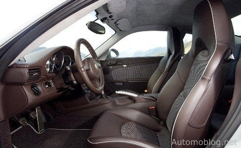Porsche_911_SportClassic_interior.jpg