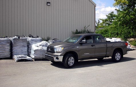 how much horsepower does a 2015 toyota tundra have autos post. Black Bedroom Furniture Sets. Home Design Ideas
