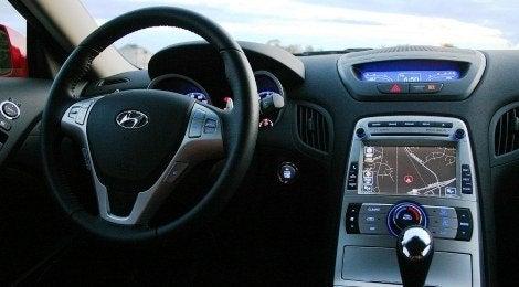 Hyundai Genesis Coupe dash