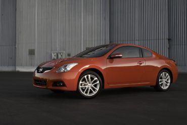 2010 Nissan Altima Coupe f34