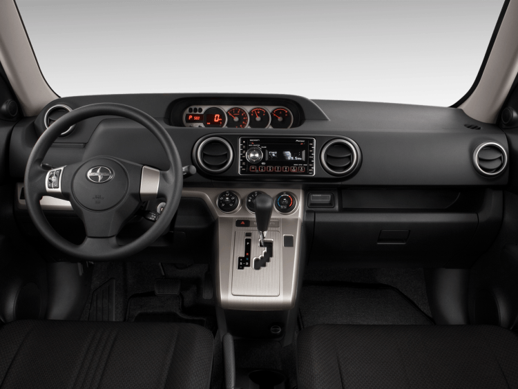 2010 Scion xB Release Series 7 interior
