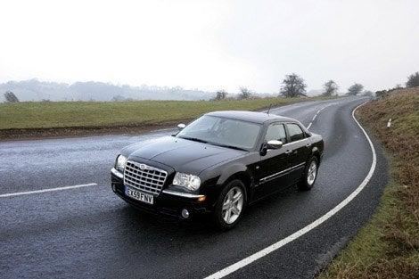 2010-Chrysler-300C-1.jpg