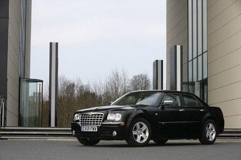 2010-Chrysler-300C-4.jpg