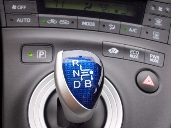 2010 Toyota Prius shifter