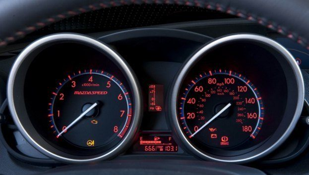 2010_MazdaSpeed3 gauges