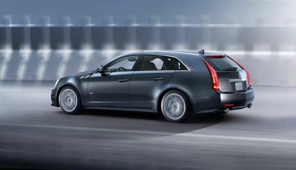 2011 Cadillac CTS V Sport Wagon 2