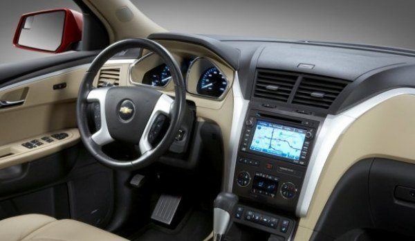 2010 Chevy Traverse Interior