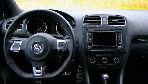 2010 VW GTI cockpit