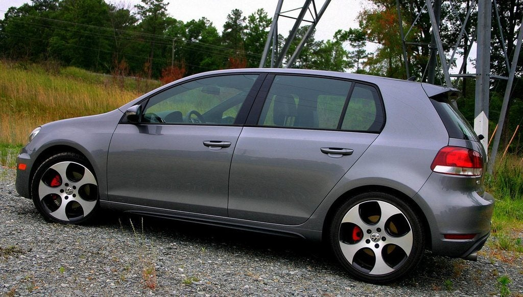 2010 VW GTI (17) photo on Automoblog.net