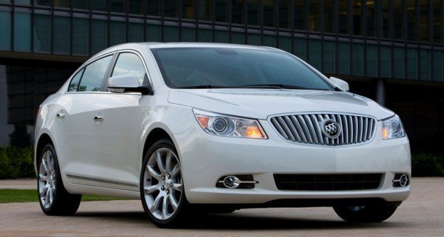 2010 Buick LaCrosse (1)
