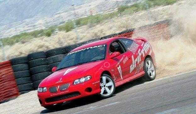 Pontiac GTO Drifting