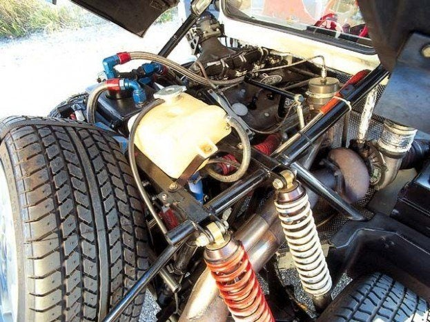 Under the hood of an RS200.