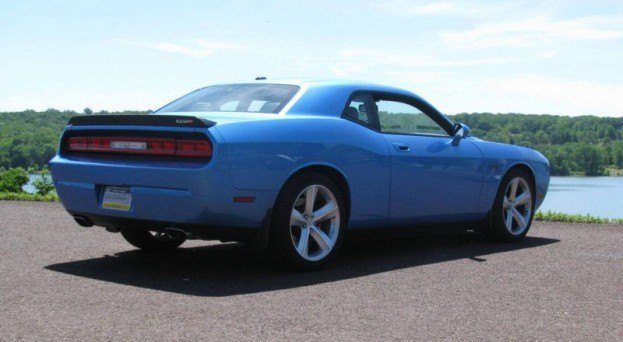 2009 dodge challenger srt8 review. Black Bedroom Furniture Sets. Home Design Ideas