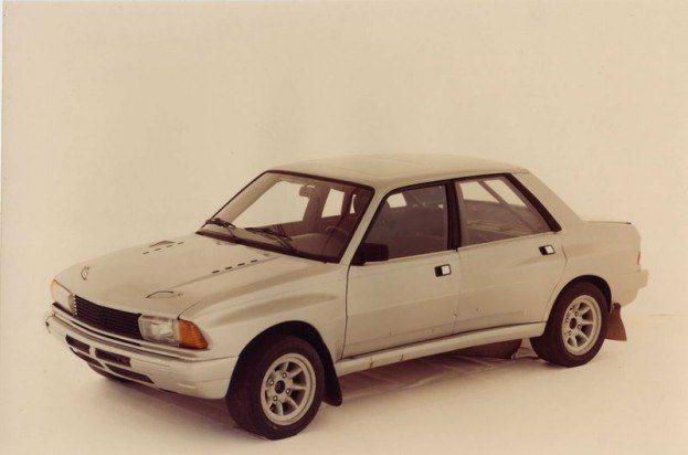 Peugeot's 305 V6 prototype