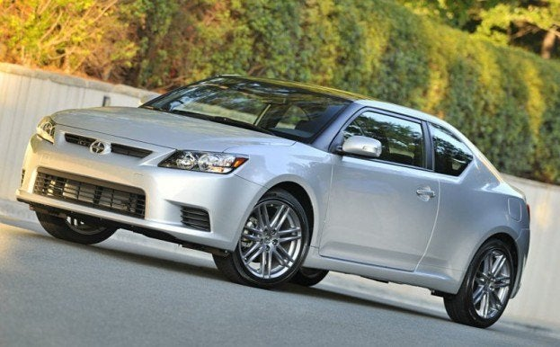 2011 Scion tC 17
