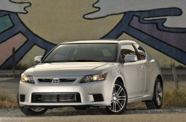 2011 Scion tC 7