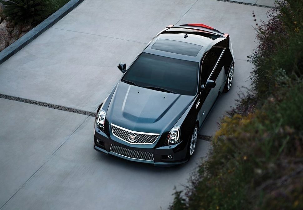 Cadillac CTS-V Coupe Front ViewAbove