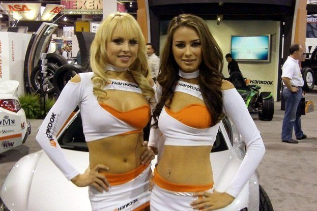 SEMA Booth Girls