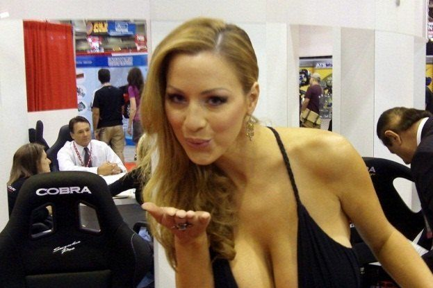SEMA Booth Girls (5)